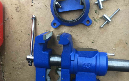 component parts of swivel multi jaw vice